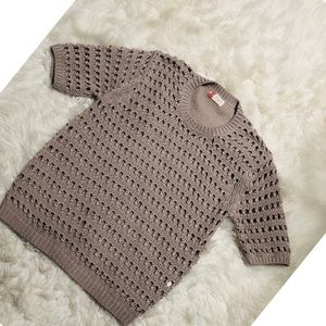 Jovonnista short Sleeve Sweater